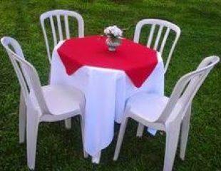 Toalhas de mesa com cobre mancha de cores variadas